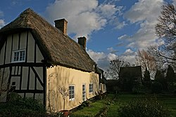 Thatched cottage in Wennington - geograph.org.uk - 309526.jpg