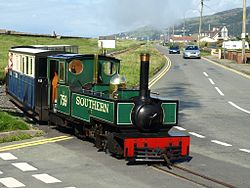 Fairbourne Railway at level crossing.jpg