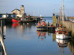 Girvan Harbour, Ayrshire.JPG