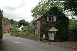Cottage at Jackfield - geograph.org.uk - 690310.jpg