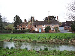 Cottages in West Dean - geograph.org.uk - 349472.jpg
