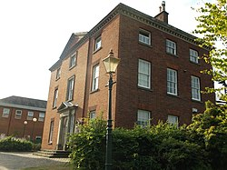 Long Eaton Town Hall, side view (5).JPG
