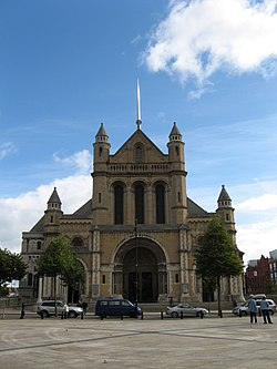 St Anne's Cathedral, Belfast.jpg
