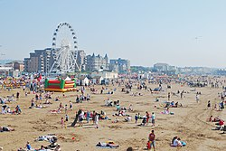 Weston-super-Mare beach from the Pier.jpg