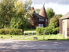 Oast House in Tudeley Kent.jpg